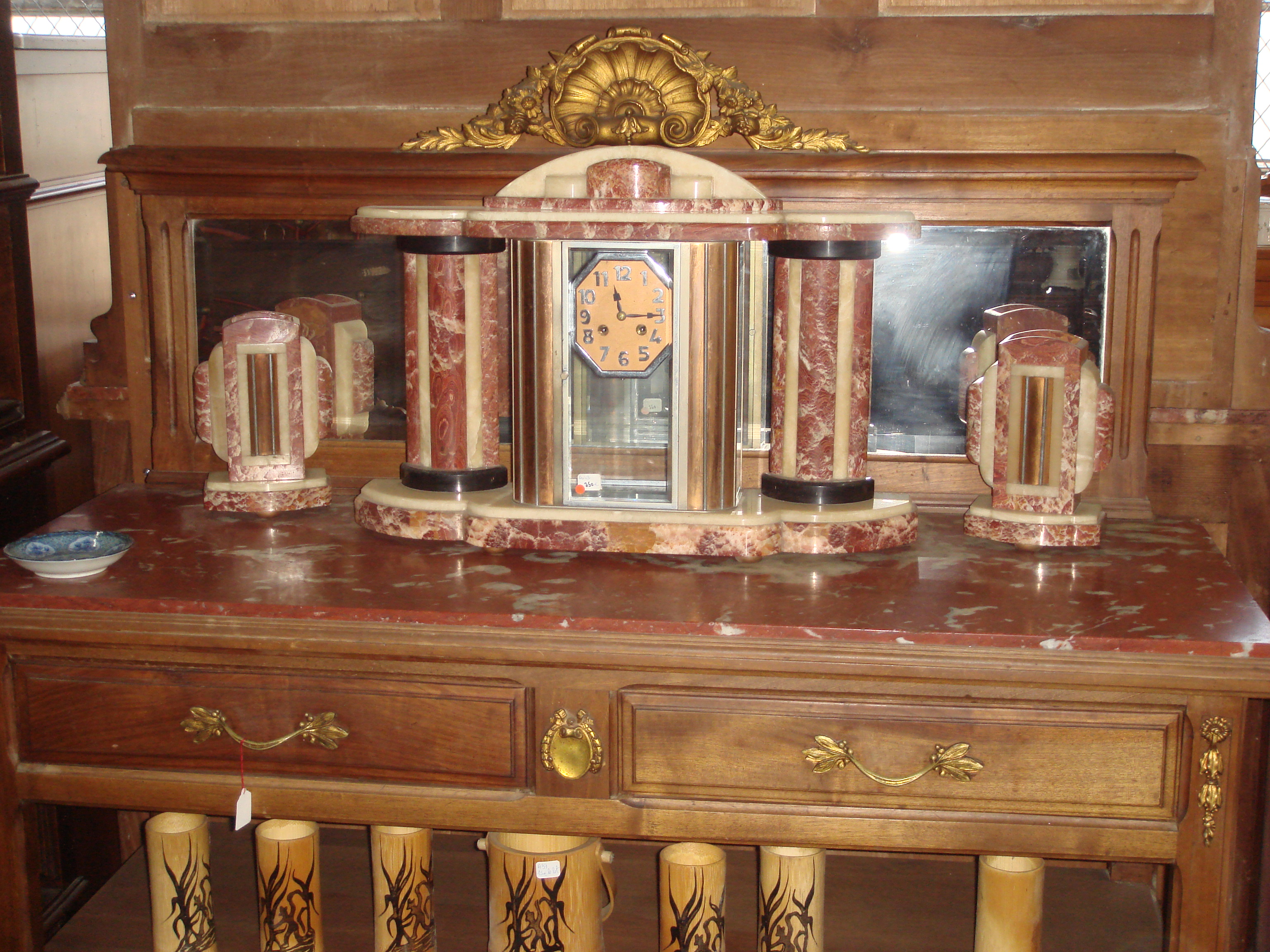 horloge en marbre art d co brocante en ligne du val d. Black Bedroom Furniture Sets. Home Design Ideas
