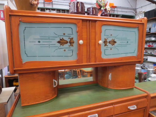 ensemble de meubles de cuisine baumann brocante en ligne du val d 39 arnoult. Black Bedroom Furniture Sets. Home Design Ideas